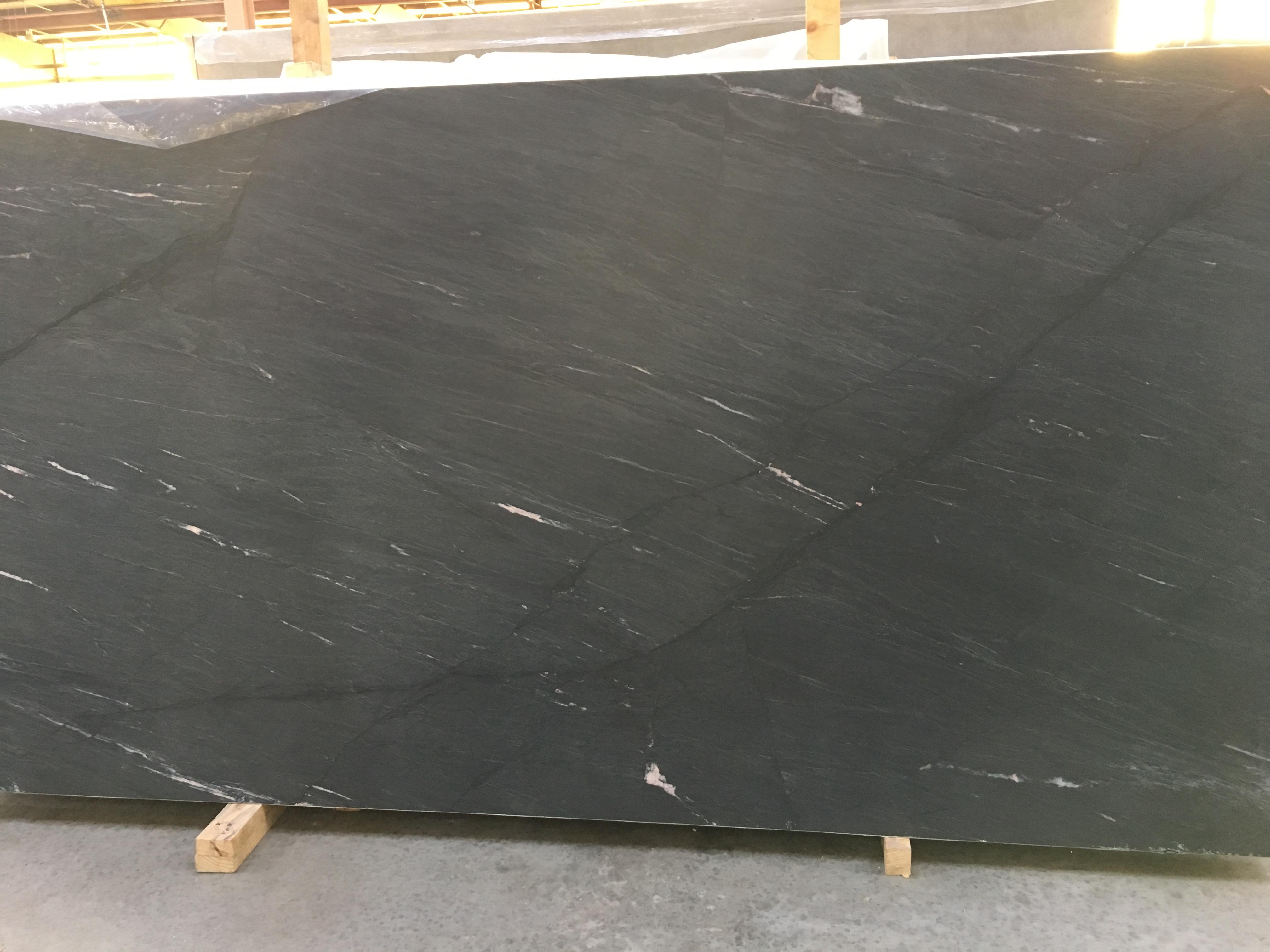 "Product Name: MARINE BLACK SOAPSTONE LEATHER FF 3CMLot #: TAB2703 Avg. size: 129"" X 66"""