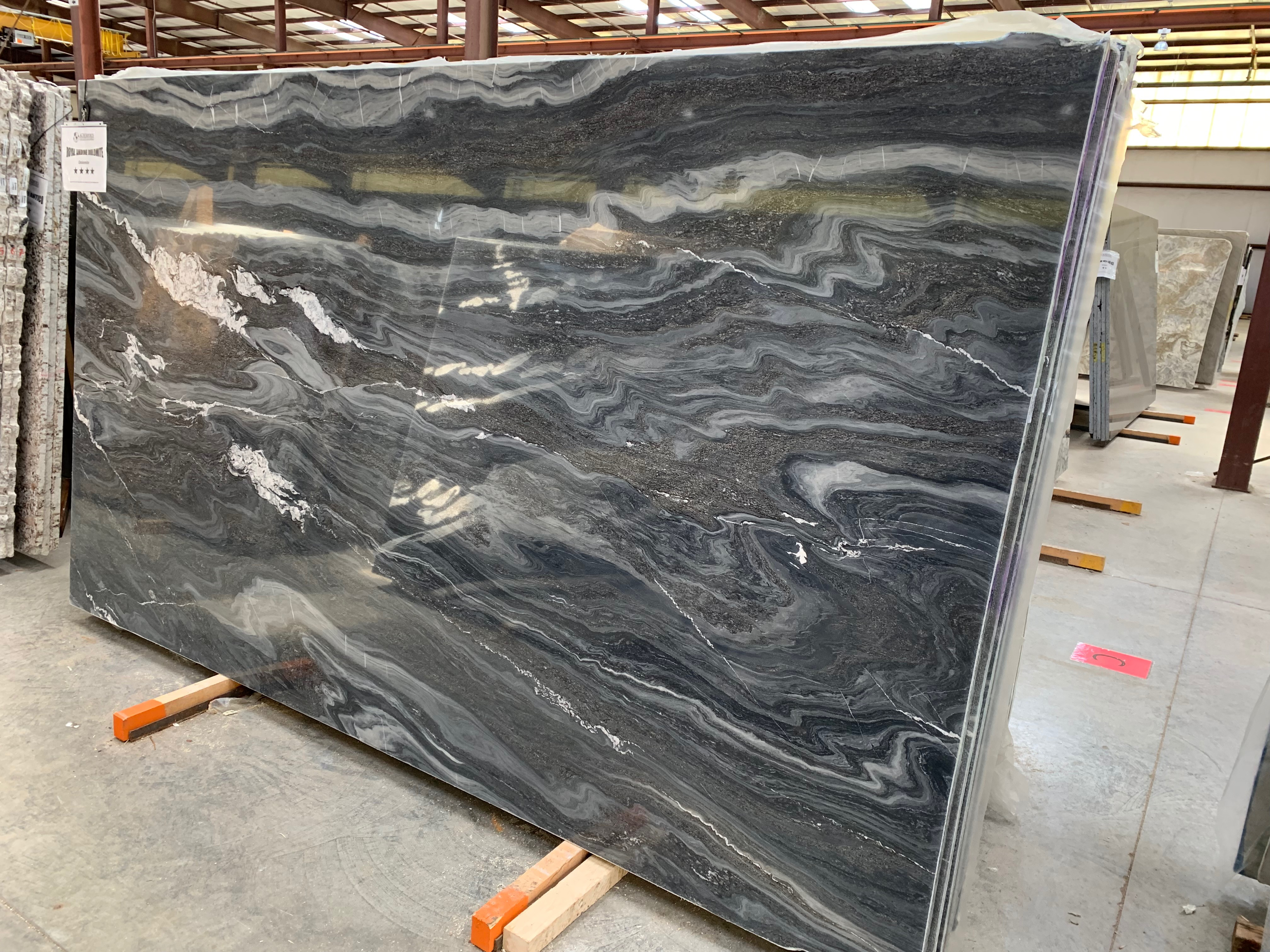 """Product Name: ROYAL ANDINE DOLOMITE 3CMLot #: STTR5424 Avg. size: 129"""" X 75"""""""