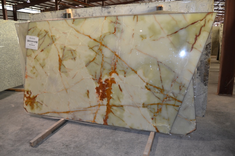 "Product Name: GREEN ONYX EXTRA 2CM   Lot #: FAV736    Avg. size: 105"" X 65"""