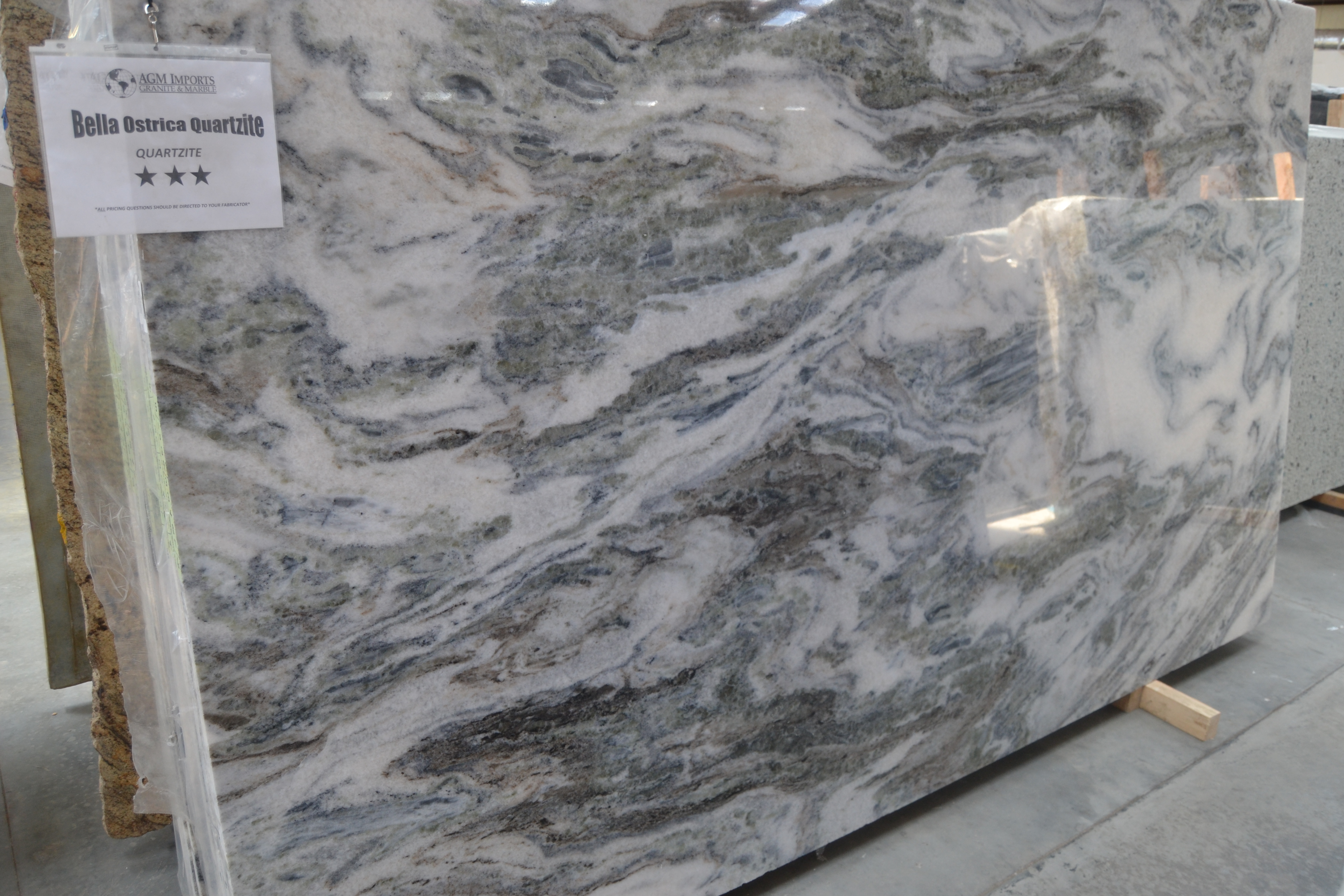 "Product Name: BELLA OSTRICA QUARTZITE 3CM   Lot #: TAB3308    Avg. size: 112"" X 69"""
