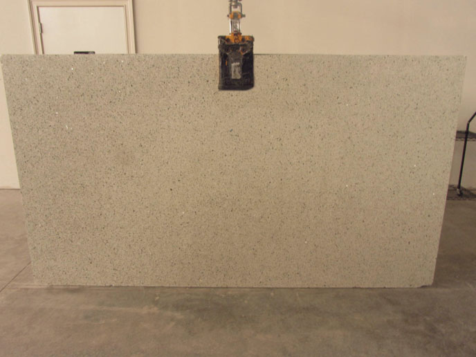 "Product Name: VETRAZZO CUBIST CLEAR 3CM   Lot #: POLY599    Avg. size: 107"" X 59"""